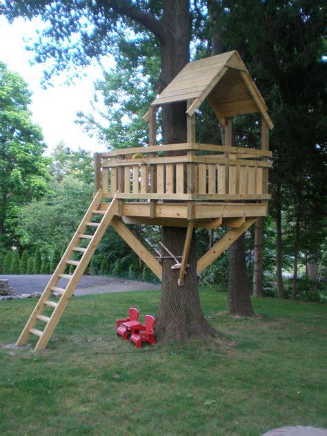 Basic-Diy-Treehouse