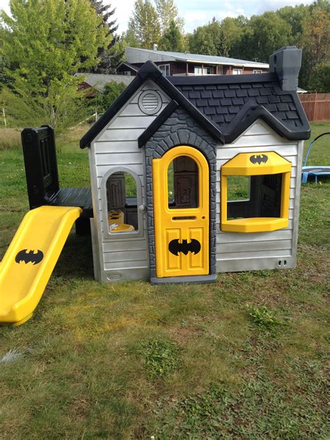 Batman Playhouse Diy