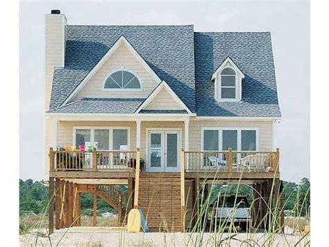Beach-Box-House-Plans