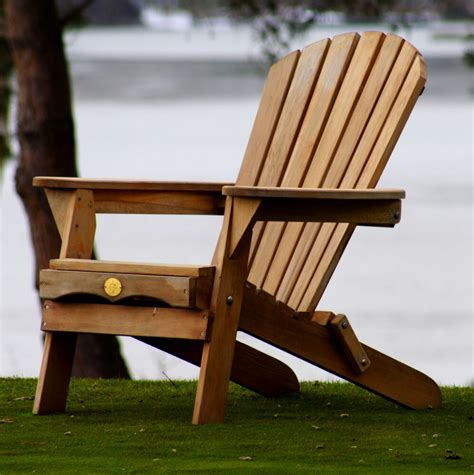Bear-Adirondack-Chair-Plans