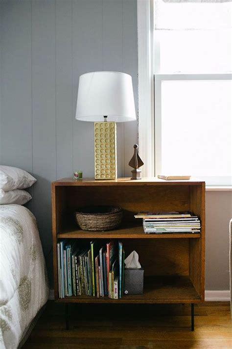 Bedside-Bookshelf-Diy