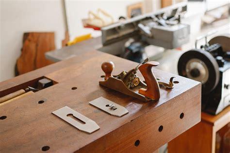 Beginner-Woodworker-Tools-Home