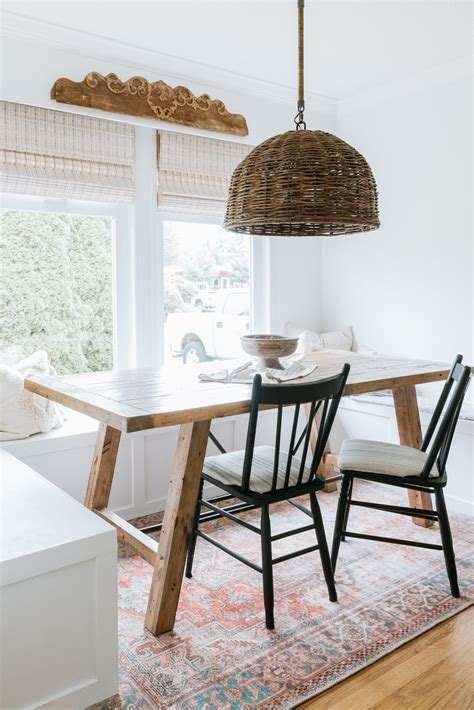 Bench-Seat-Dining-Table-Diy
