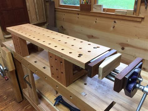 Benchtop-Bench-Woodworking
