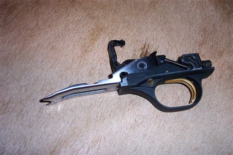 Beretta 390 Trigger Group Assembly - Midwest Gun Works.