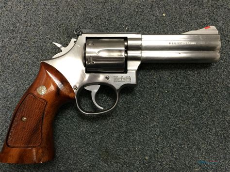 Best Price Smith-And-Wesson Smith  Wesson 686 For Sale .