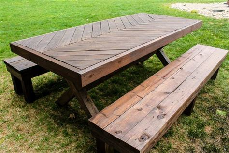 Best Way To Weatherproof Wood Table