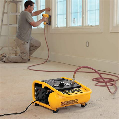 Best-Air-Compressor-For-Small-Wood-Projects