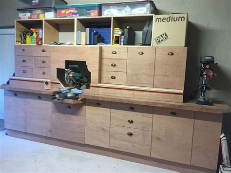 Best-Miter-Saw-Station-Plans
