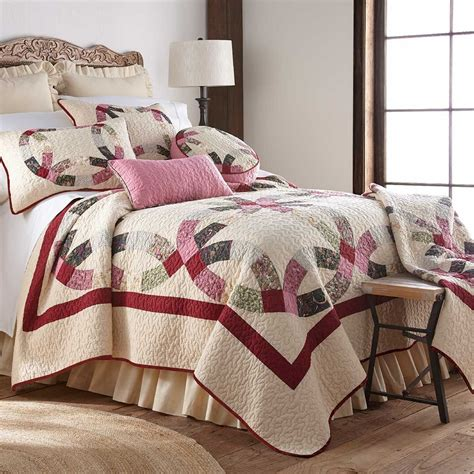 Better Bedding Sets Wedding Ring Quilt