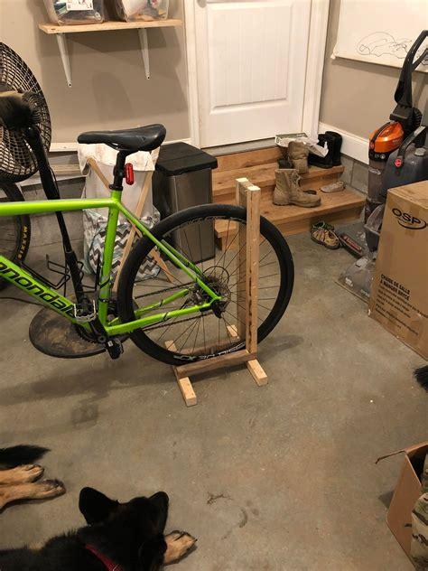 Bike-Repair-Stand-Diy-Wood