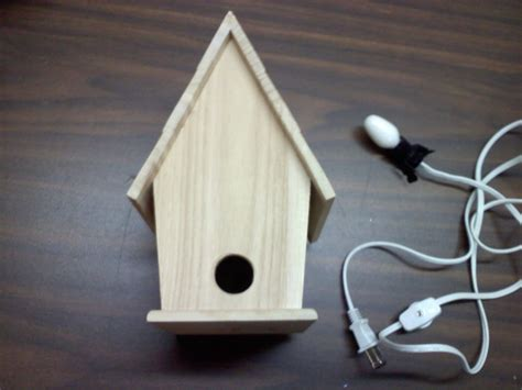 Birdhouse-Light-Diy