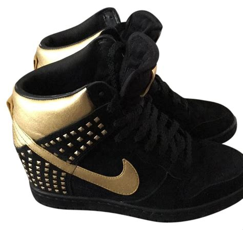 Black Nike Sneakers With Gold