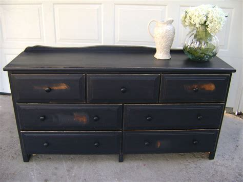 Black-Distressed-Dresser-Diy