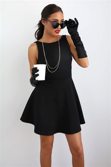 Black-Dress-Costume-Diy