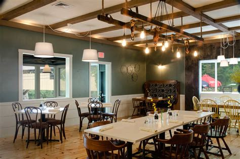 Blair-Bridge-Farm-Table