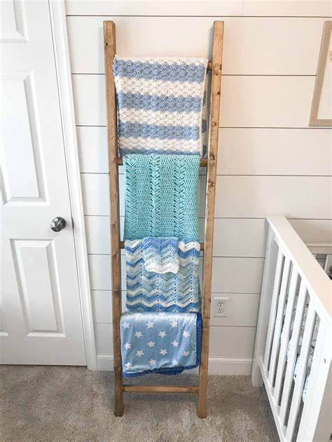 Blanket-Ladder-Diy-Instructions
