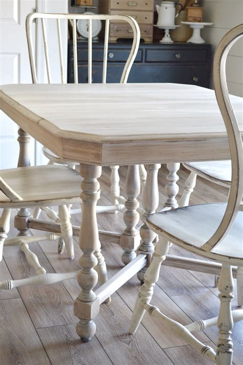 Bleached-Farm-Kitchen-Dinning-Table