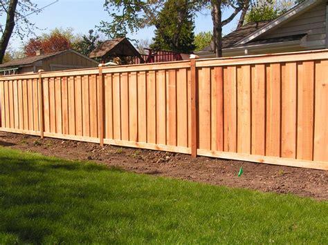 Board-On-Board-Wood-Fence-Plans