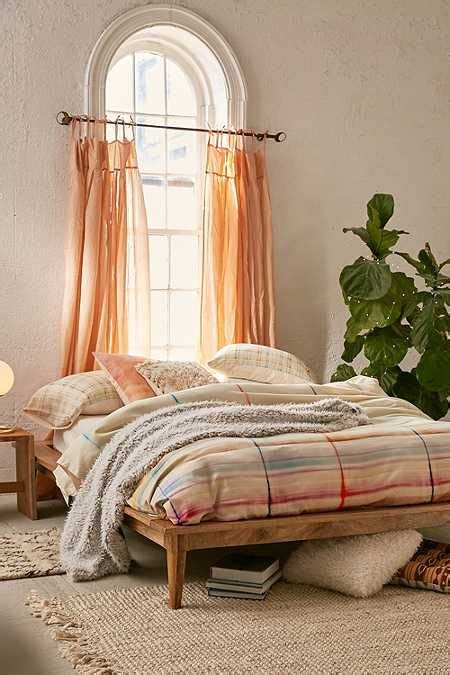Bohemian Platform Bed Diy Designs