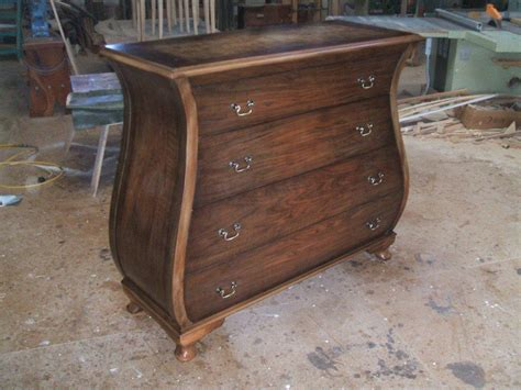 Bombe-Chest-Of-Drawers-Plans