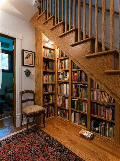 Bookshelf-Stairs-Diy