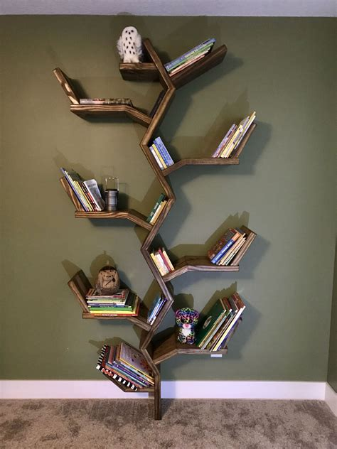 Bookshelf-Tree-Plans
