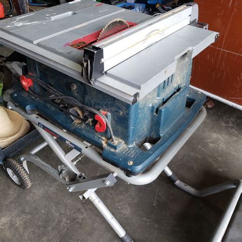 Bosch 4100 table saw.aspx Image