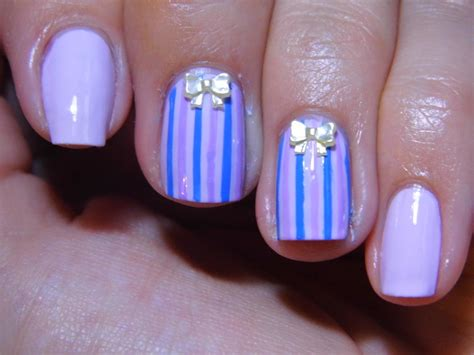 Bow Lines In Nails