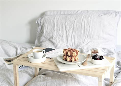 Breakfast In Bed Table Diy