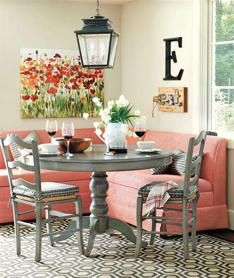 Breakfast Nook Decorating Pictures