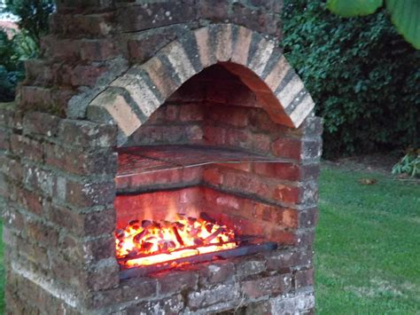 Brick-Bbq-Plans-With-Chimney