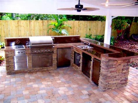 Brick-Outdoor-Kitchen-Plans