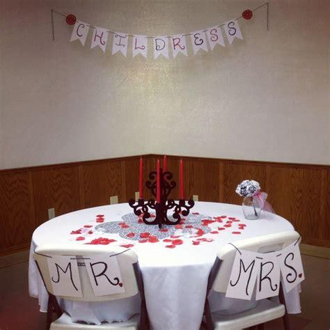 Bride-And-Groom-Table-Signs-Diy