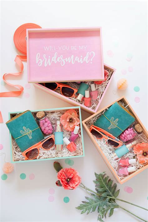 Bridesmaid-Gift-Box-Ideas-Diy