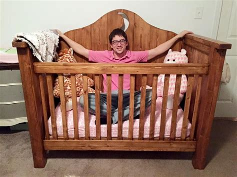 Build A Crib With Garden DIY Woodwork Plans