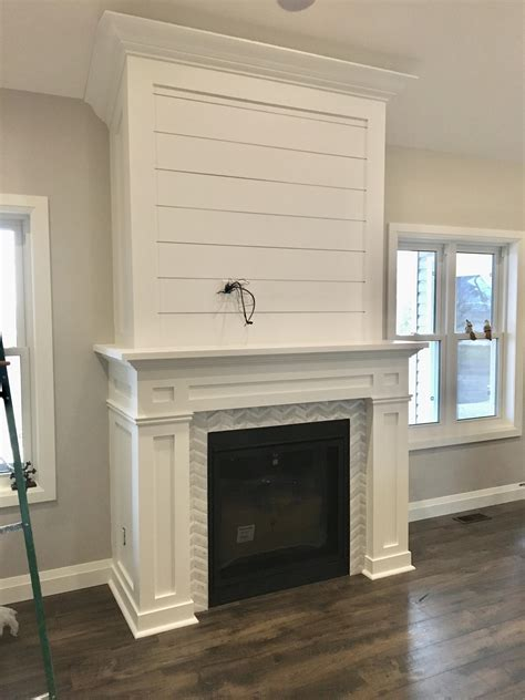 Build A Fireplace Mantel And Surround