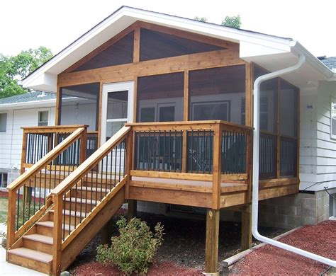Build A Mobile Home Deck With Pallets
