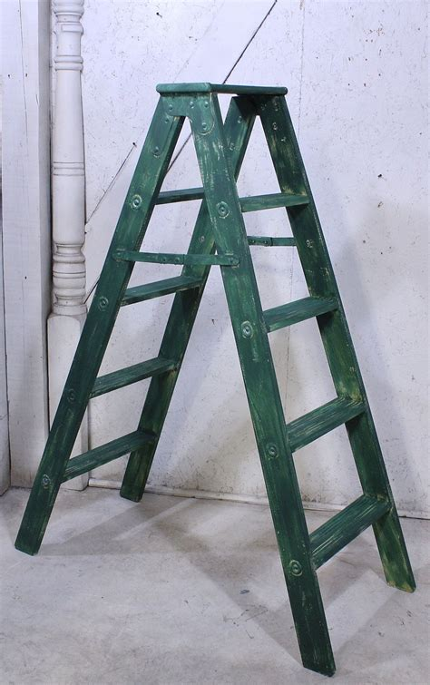 Build A Wooden Stool Ladders Home
