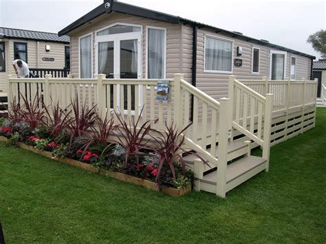 Build Caravan Decking Ideas