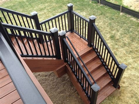 Build Deck Landing Stairs Ideas