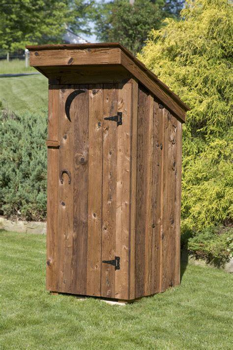 Build Wooden Outhouse Decor