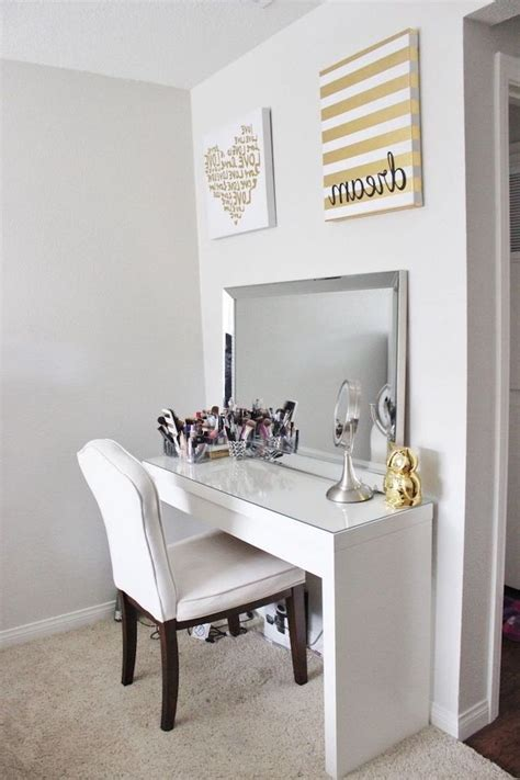 Build Your Own Makeup Vanity Table