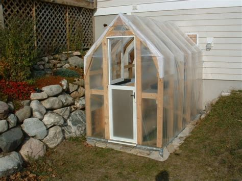 Build Your Own Mini Greenhouse Plans