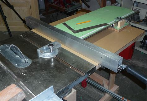 Build Your Own Table Saw Fence