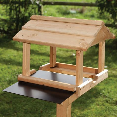 Build-A-Bird-Table-Plans