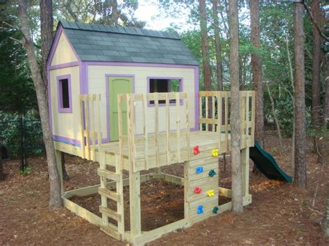 Build-It-Yourself-Playhouse-Plans