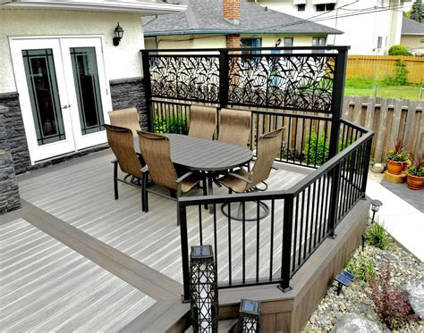Building A Privacy Wall On Your Deck