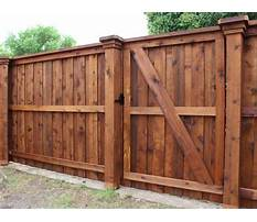 Best Building a fence with cedar posts