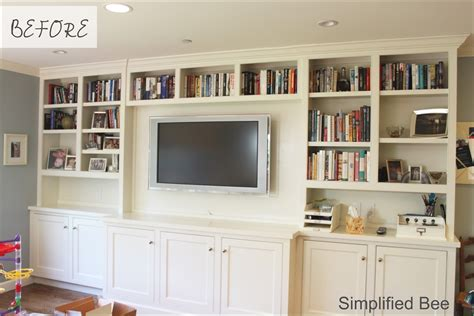 Built-In-Shelves-With-Television-Plans